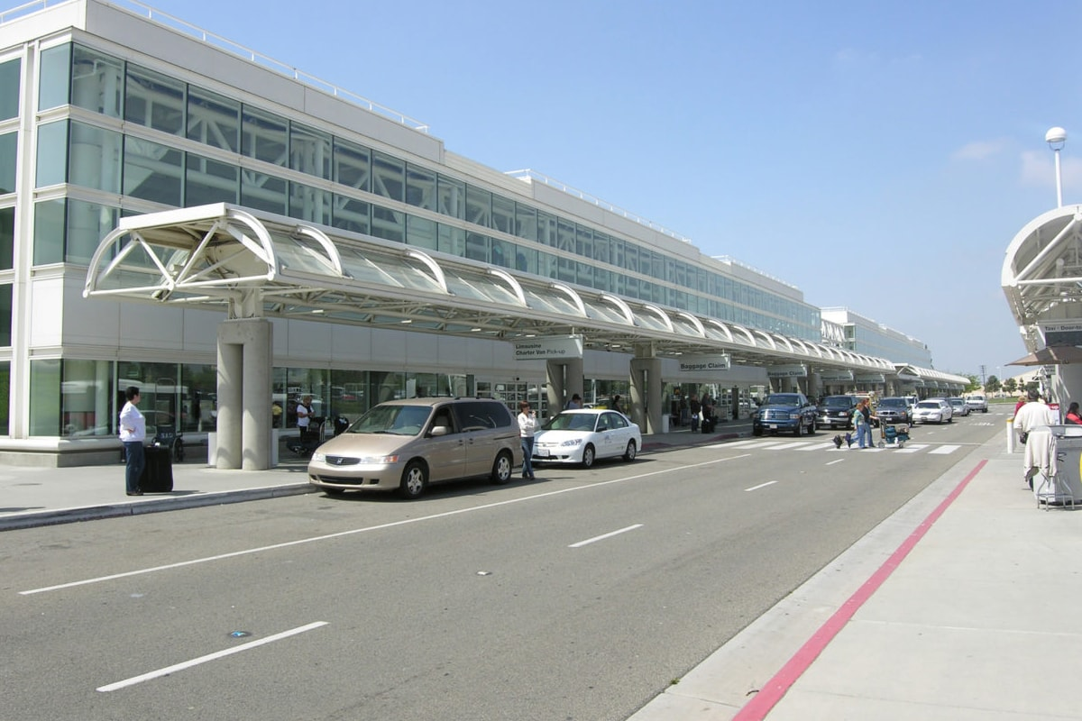 ONT - Ontario Airport Shuttle